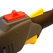 Impugnatura ergonomica, acceleratore con sicurezza, pulsante acceso stop integrato di grandi dimensioni, gruppo compatto. L'interruttore Honda consente un utilizzo illimitato dello stesso ed è esente da guasti causati da polvere.