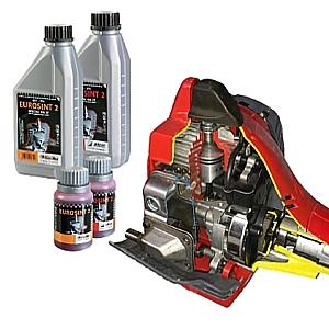 Olio specifico per motori due tempi Oleo Mac ad alte prestazioni.