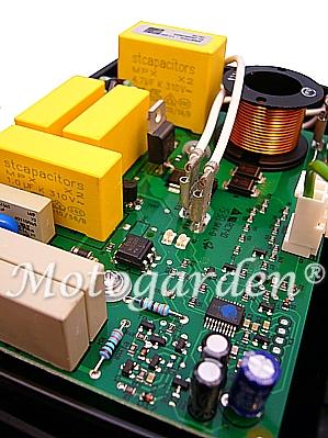 Scheda elettronica R8500 moderna ed efficacie.