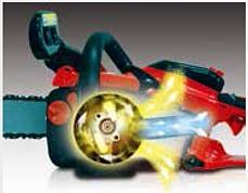 Struttura super-leggera, minore peso e maggiore resistenza al lavoro. Baricentro basso, migliore manovrabilità.